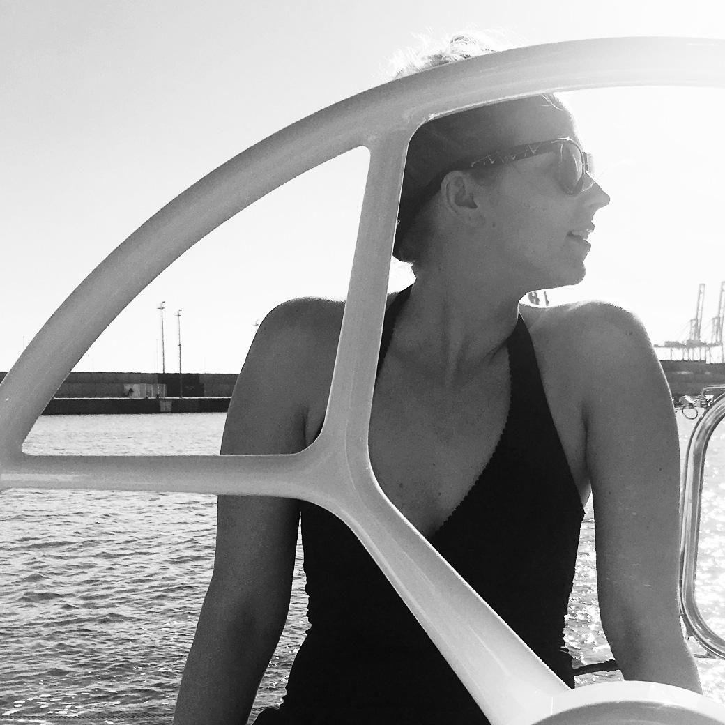 ¡Hola Chica! Lula auf dem Segelboot