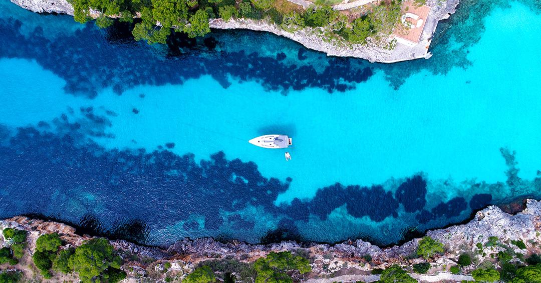 Cala Mitjana auf Mallorca. Wie schnell wir uns in diese Bucht verliebt haben, kann man wohl hier sehen ;).