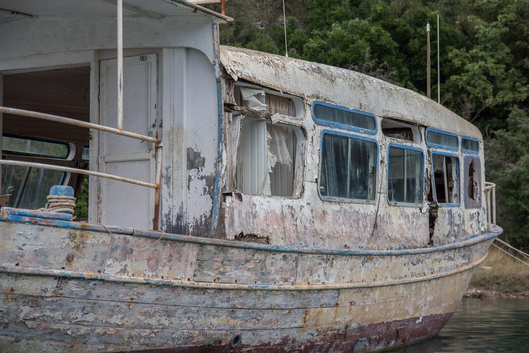 Tranquil Bay Nidri verlassenes Boot